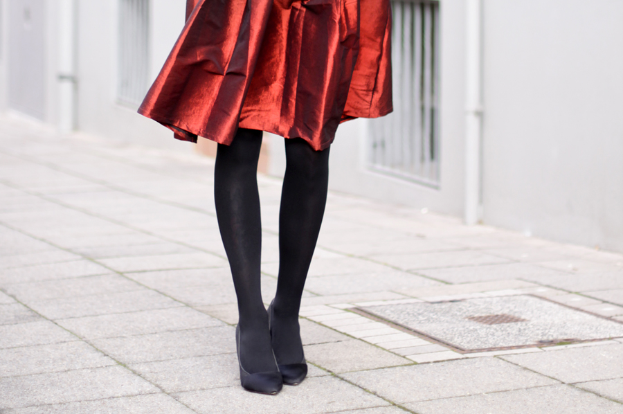 Red & Black: My Christmas Outfit